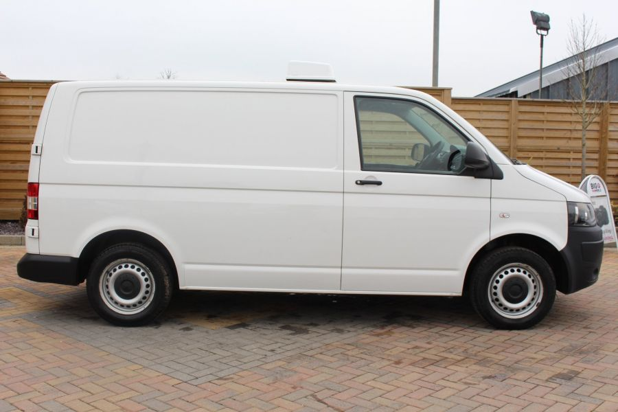 VOLKSWAGEN TRANSPORTER T26 TDI 84 STARTLINE SWB LOW ROOF FRIDGE VAN - 7334 - 4