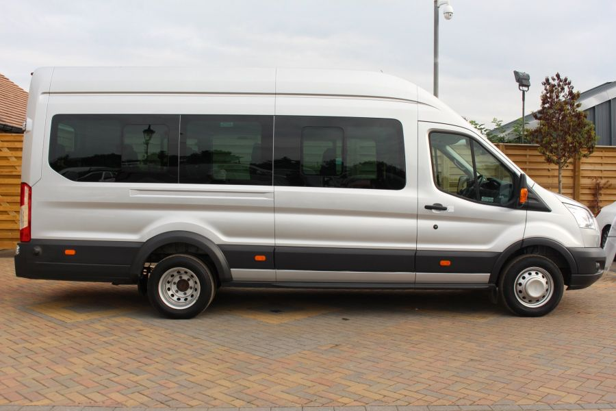 FORD TRANSIT 460 TDCI 125 L4 H3 TREND LWB HIGH ROOF 17 SEAT BUS RWD - 6563 - 4