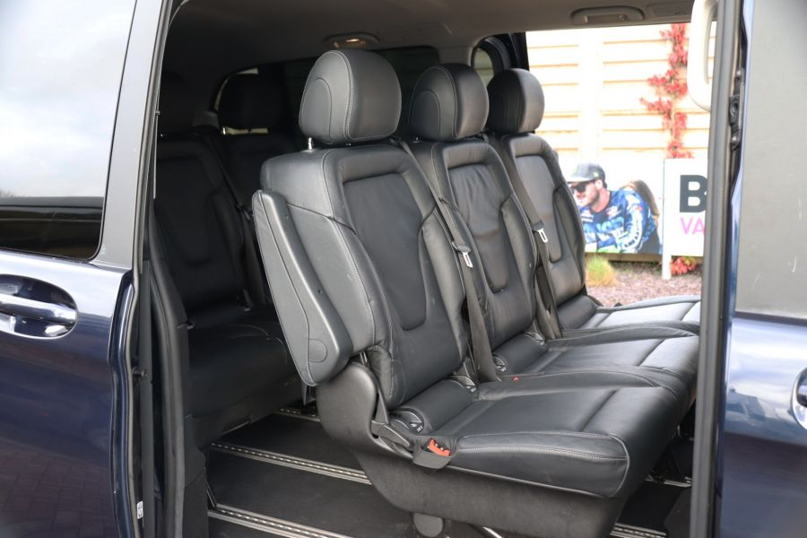 MERCEDES V-CLASS V250 CDI 188 BLUETEC SE 8 SEAT EXTRA LONG - 10420 - 47