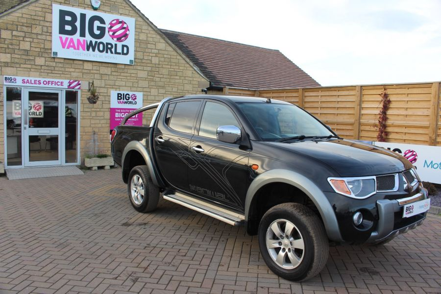 MITSUBISHI L200 ANIMAL DI-D LWB DOUBLE CAB WITH ROLL'N'LOCK TOP - 7085 - 2