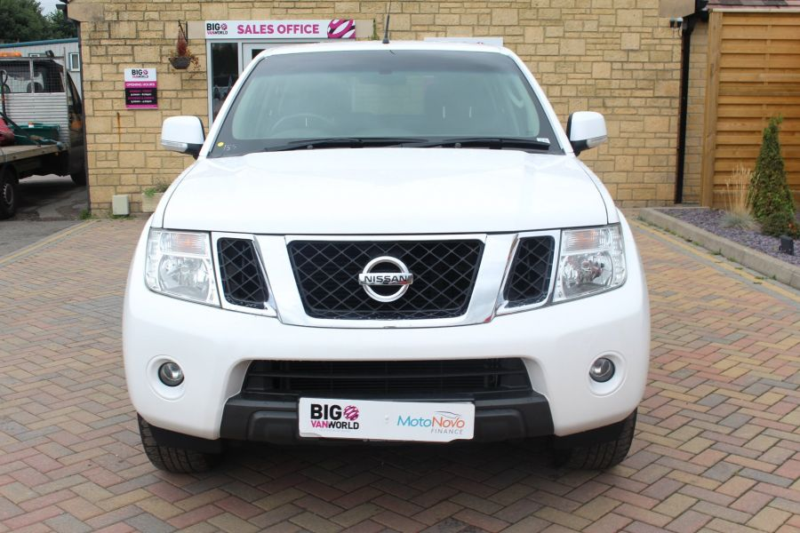 NISSAN NAVARA DCI ACENTA 4X4 DOUBLE CAB WITH TRUCKMAN TOP - 6447 - 9