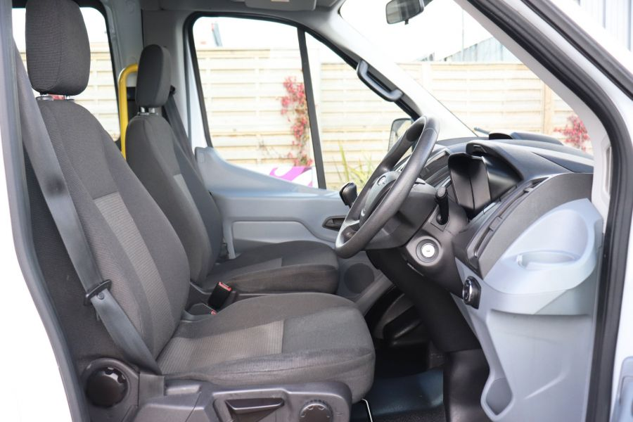 FORD TRANSIT 460 TDCI 155 L4H3 17 SEAT BUS HIGH ROOF DRW RWD - 11322 - 15