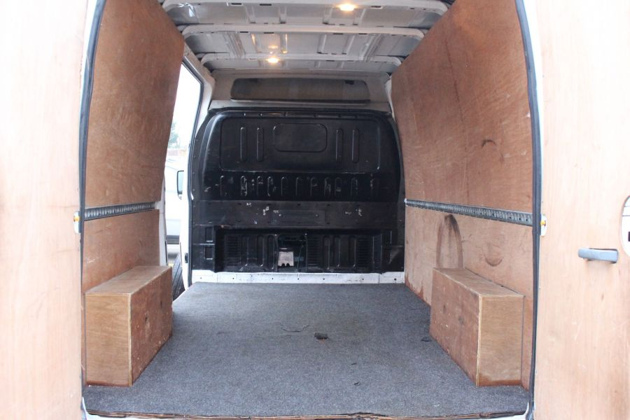 FORD TRANSIT 350 TDCI 100 LWB MEDIUM ROOF FWD - 6683 - 22