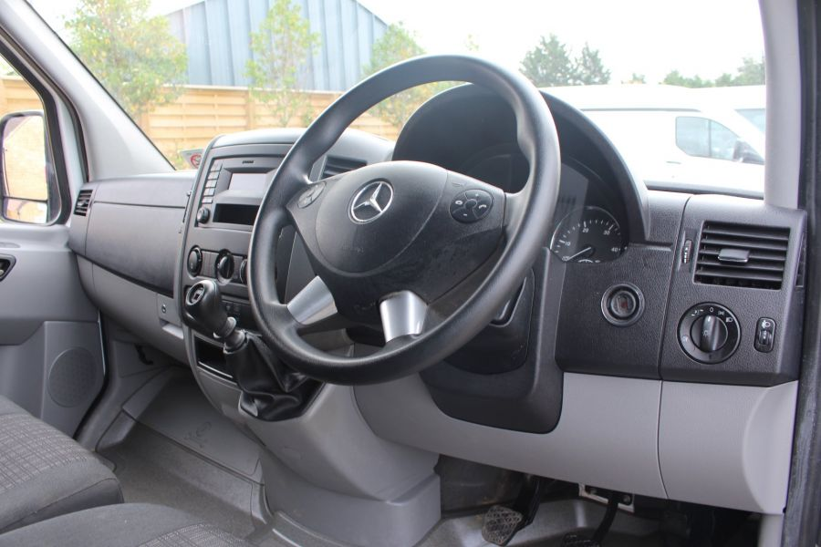 MERCEDES SPRINTER 313 CDI MWB HIGH ROOF 6 SEAT CREW VAN - 6303 - 12
