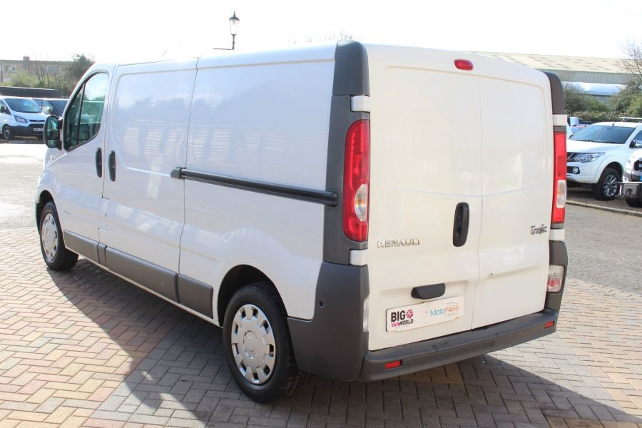 RENAULT TRAFIC LL29 DCI 115 LWB LOW ROOF - 7644 - 7