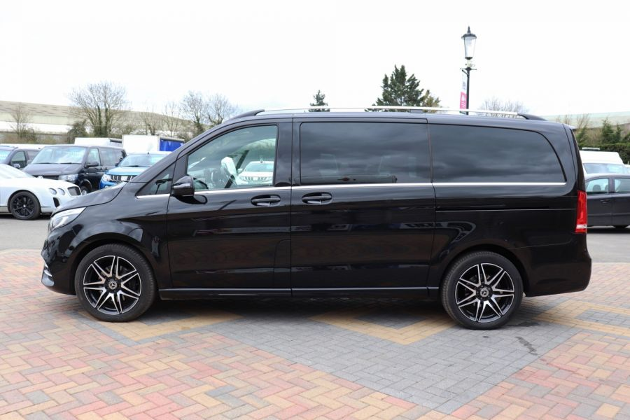 MERCEDES V-CLASS V 220 D AMG LINE LONG 8 SEATS 7G--TRONIC PLUS - 10543 - 9