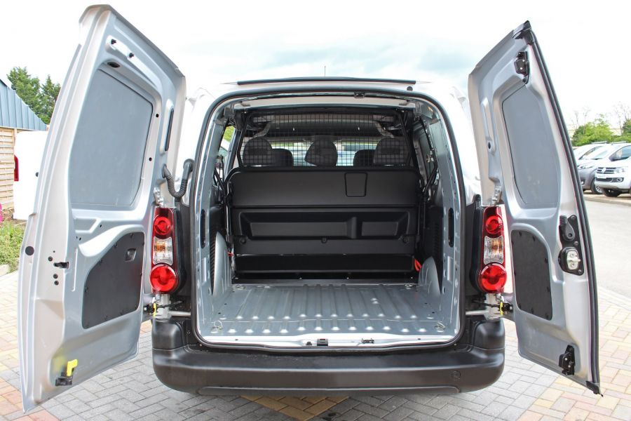CITROEN BERLINGO 725 HDI 90 X L2 H1 5 SEAT CREW VAN SWB LOW ROOF - 9173 - 23