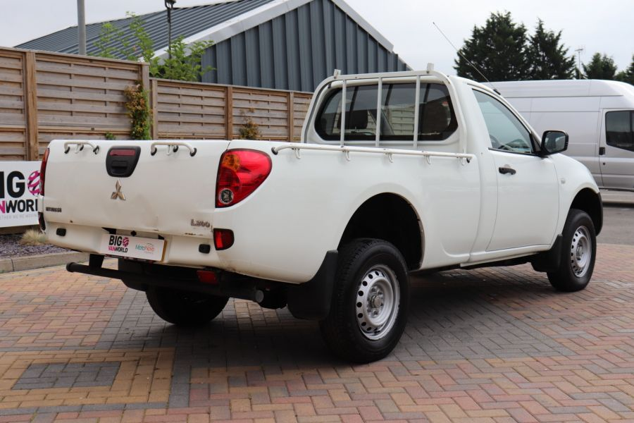 MITSUBISHI L200 DI-D 134 4X4 4LIFE SINGLE CAB - 9556 - 5