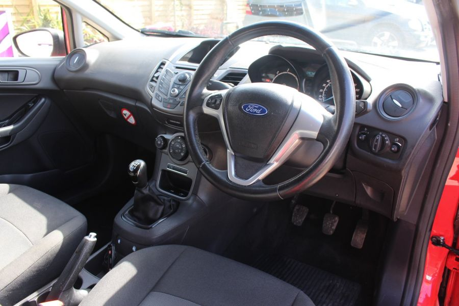 FORD FIESTA TDCI 95 ECONETIC TREND - 6293 - 13
