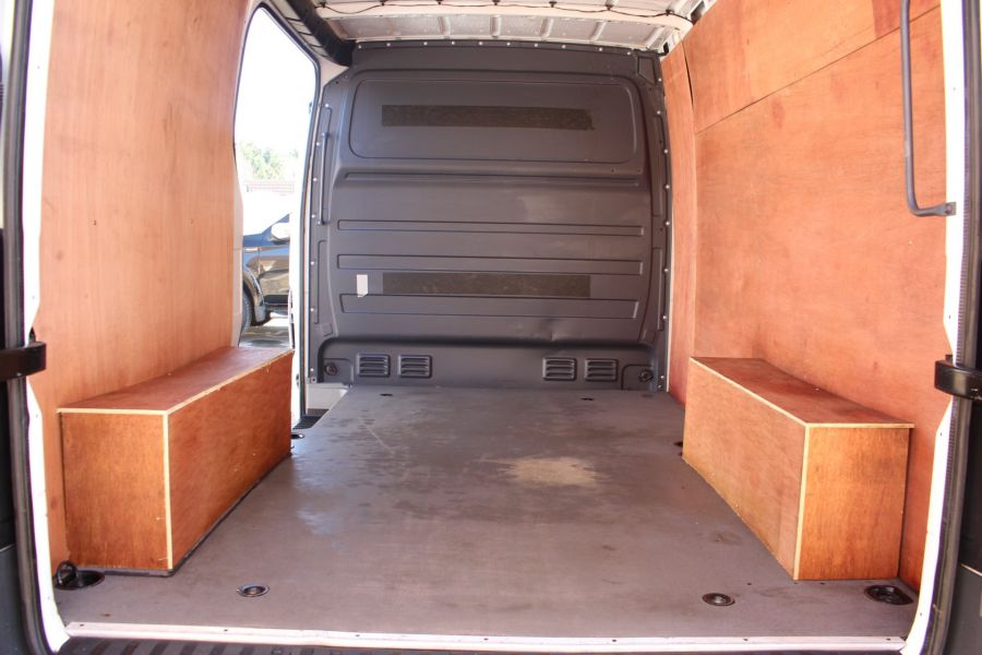 MERCEDES SPRINTER 313 CDI SWB STANDARD LOW ROOF - 8790 - 21