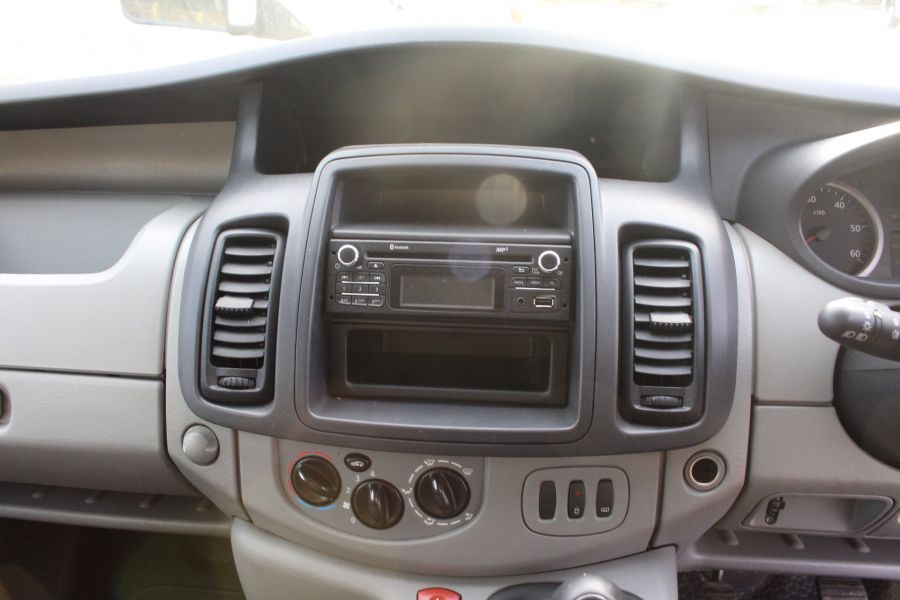 RENAULT TRAFIC LL29 DCI 115 L2 H1 DOUBLE CAB LWB CREW VAN - 6787 - 14