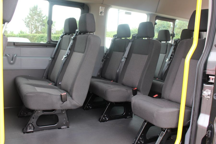 FORD TRANSIT 460 TDCI 155 L4 H3 17 SEAT BUS HIGH ROOF DRW RWD - 8132 - 19