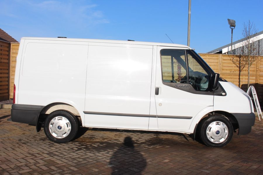 FORD TRANSIT 280 TDCI 125 TREND SWB LOW ROOF FWD - 7044 - 4