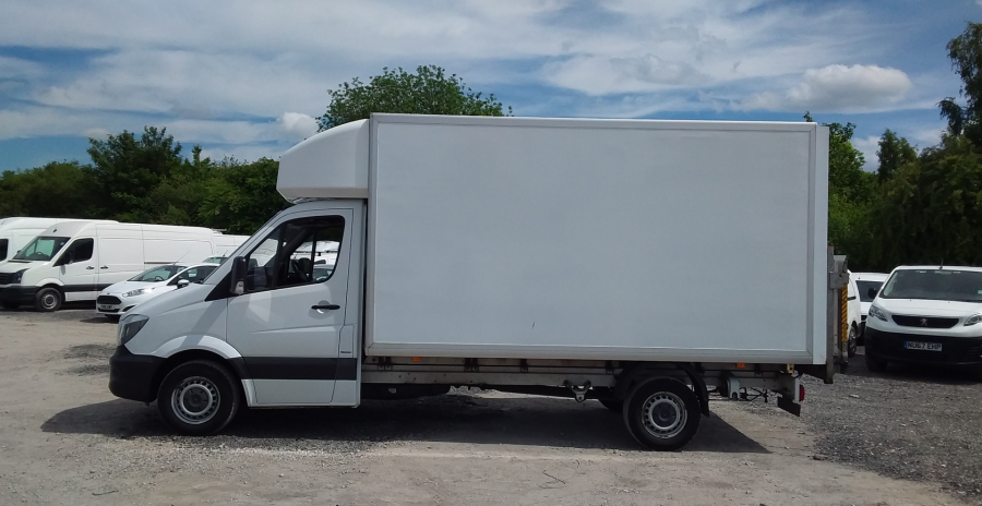 MERCEDES SPRINTER 314 CDI 140 LWB 'ONE STOP' LUTON WITH TAIL LIFT - 10777 - 7