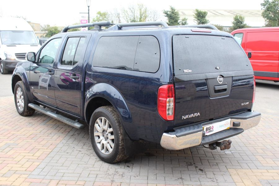 NISSAN NAVARA OUTLAW V6 DCI 231 4X4 DOUBLE CAB WITH TRUCKMAN TOP - 6769 - 7