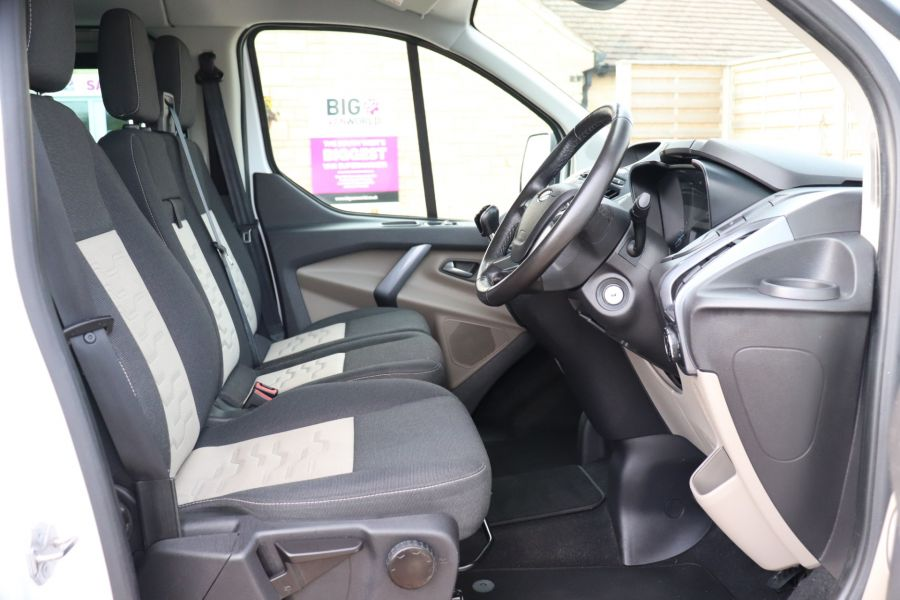 FORD TRANSIT CUSTOM 310 TDCI 130 L1H1 LIMITED DOUBLE CAB 6 SEAT CREW VAN SWB LOW ROOF FWD - 9964 - 12