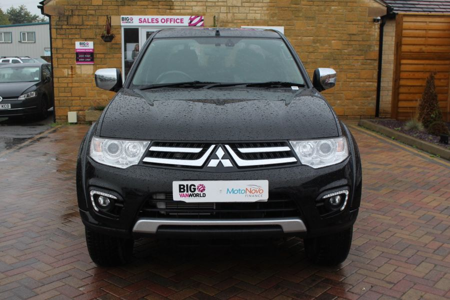 MITSUBISHI L200 DI-D 176 4X4 BARBARIAN BLACK LB SPECIAL EDITIONS DOUBLE CAB WITH ROLL'N'LOCK TOP - 6848 - 9