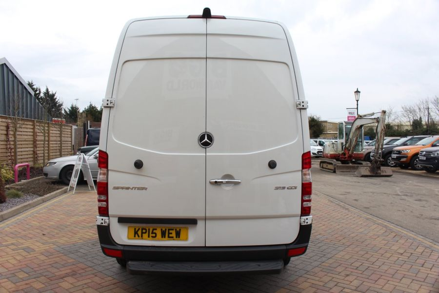 MERCEDES SPRINTER 313 CDI MWB HIGH ROOF - 7486 - 6