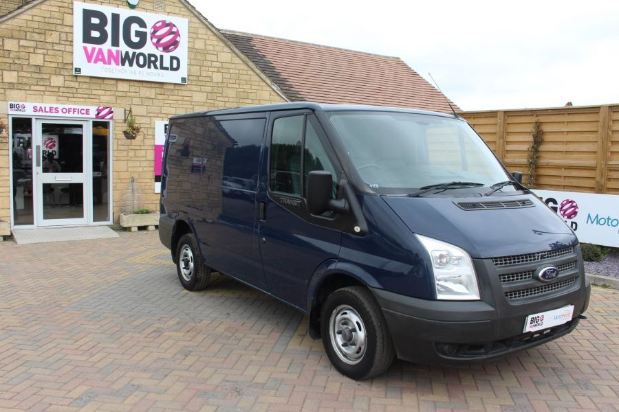 FORD TRANSIT 300 TDCI 125 SWB LOW ROOF FWD - 4530 - 2
