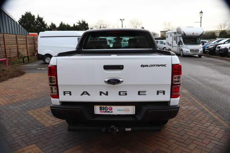 FORD RANGER WILDTRAK TDCI 200 4X4 DOUBLE CAB WITH ROLL'N'LOCK TOP - 8812 - 6