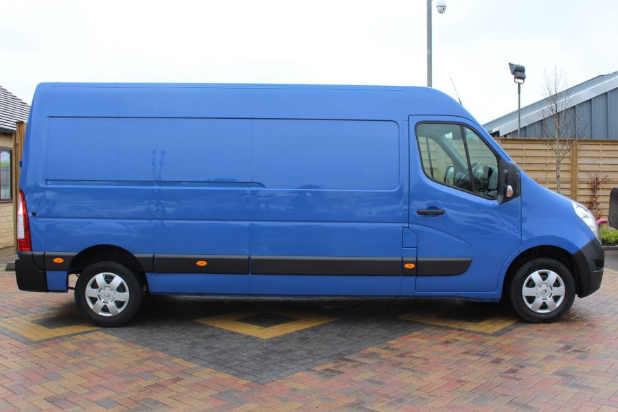RENAULT MASTER LM35 DCI 135 BUSINESS PLUS ENERGY LWB MEDIUM ROOF FWD - 7655 - 4