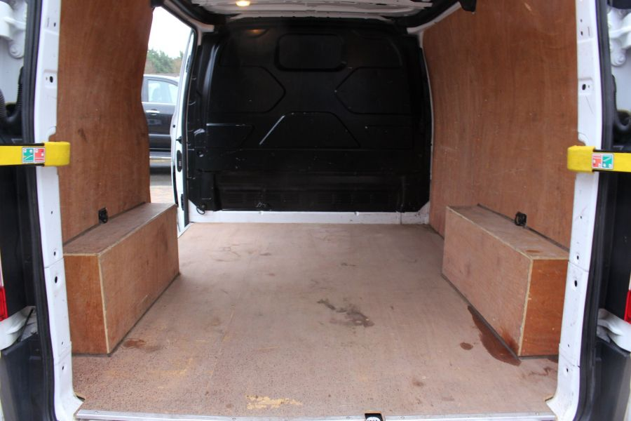 FORD TRANSIT CUSTOM 270 TDCI 125 L1 H1 SWB LOW ROOF FWD - 8450 - 20