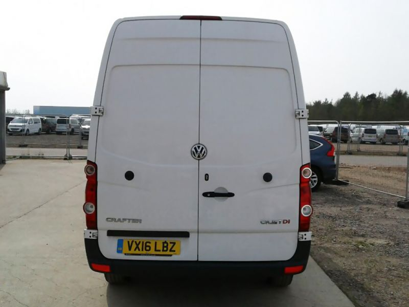 VOLKSWAGEN CRAFTER CR35 TDI 163 MWB HIGH ROOF - 9377 - 2