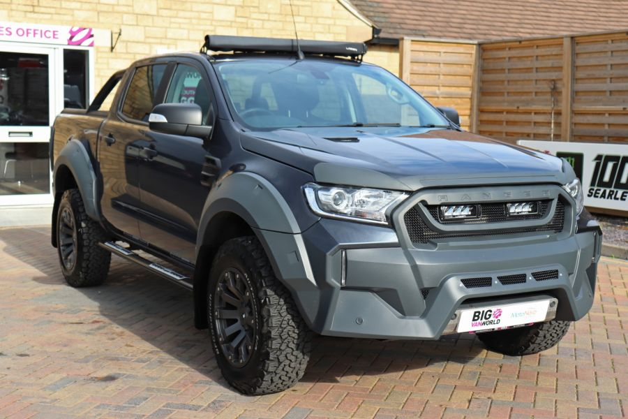 FORD RANGER TDCI 200 LIMITED EDITION 4X4 M-SPORT DOUBLE CAB WITH ROLL 'N' LOCK TOP - 9615 - 3