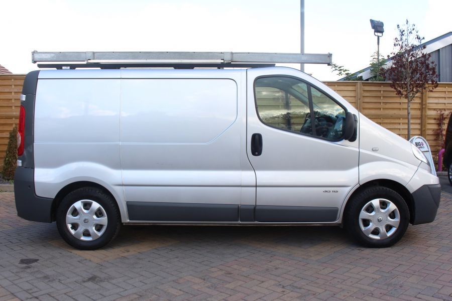 RENAULT TRAFIC SL29 DCI 115 L1 H1 SWB LOW ROOF - 6721 - 4