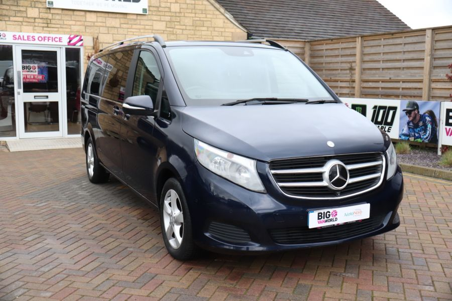 MERCEDES V-CLASS V250 CDI 188 BLUETEC SE 8 SEAT EXTRA LONG - 10420 - 4