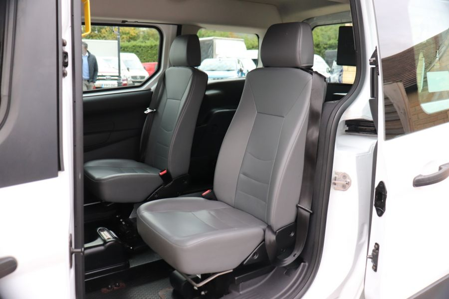 FORD GRAND TOURNEO CONNECT TDCI 95 COMBI VAN WITH WHEELCHAIR ACCESS - 11545 - 35