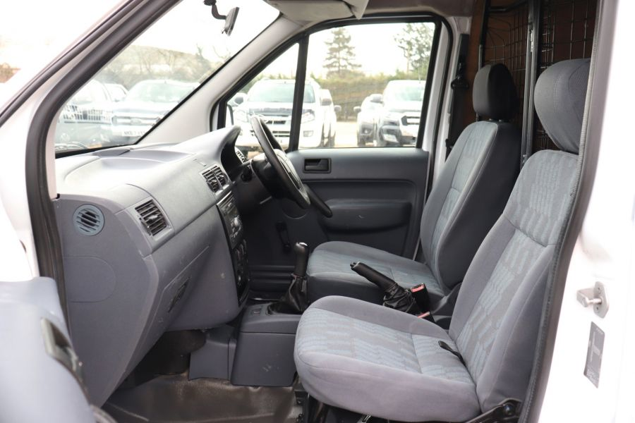 FORD TRANSIT CONNECT T230 L TDCI 90 LWB HIGH ROOF  (13914) - 12297 - 25