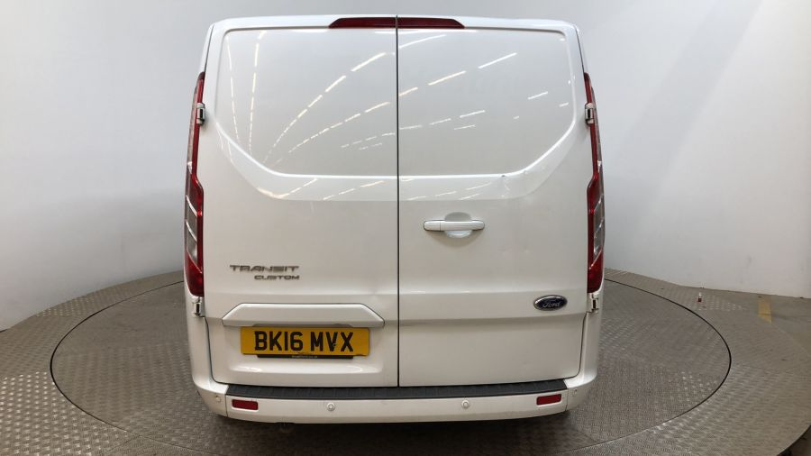 FORD TRANSIT CUSTOM 290 TDCI 125 L2H1 LIMITED DOUBLE CAB 6 SEAT CREW VAN LWB LOW ROOF FWD - 11880 - 4