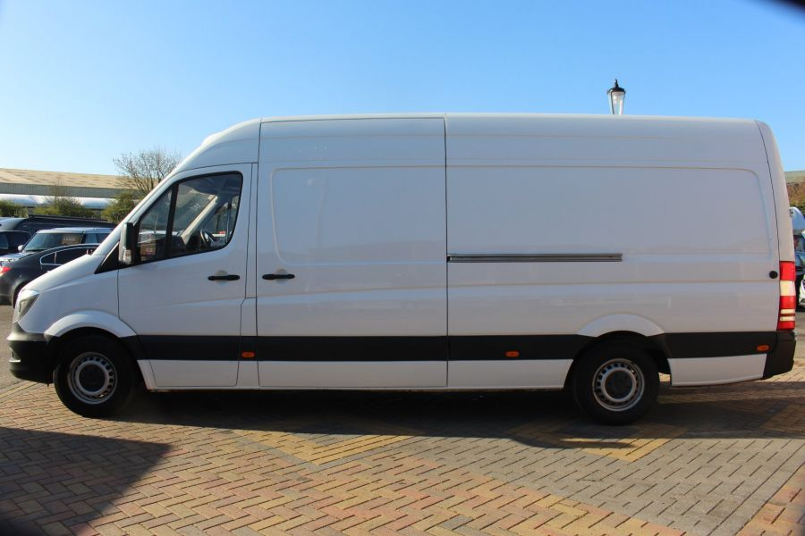 MERCEDES SPRINTER 313 CDI 129 LWB FRIDGE VAN HIGH ROOF - 9146 - 8