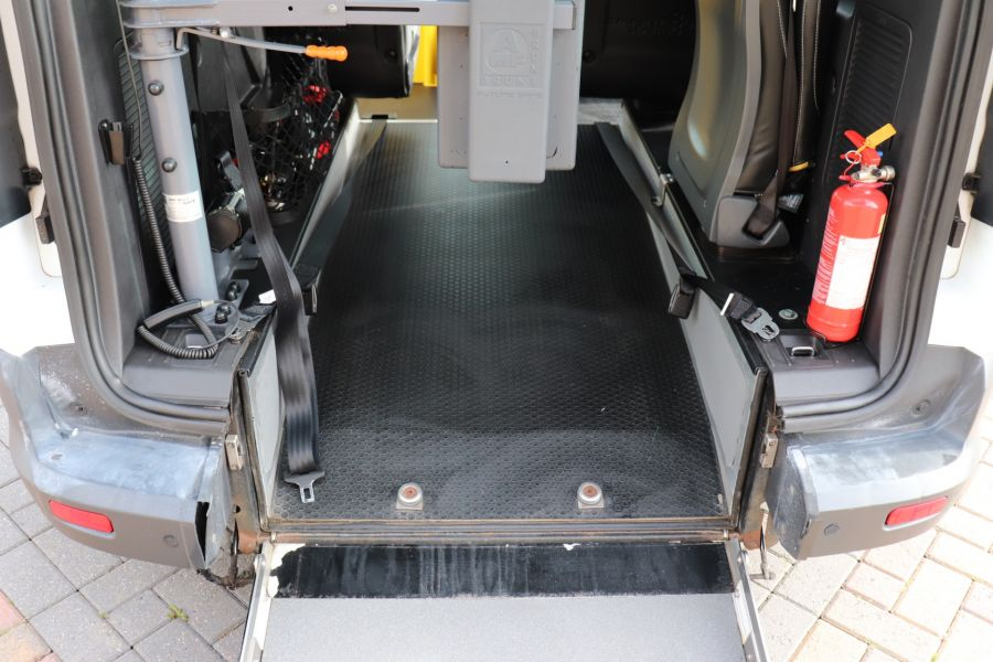 FORD GRAND TOURNEO CONNECT TDCI 95 COMBI VAN WITH WHEELCHAIR ACCESS - 11545 - 43