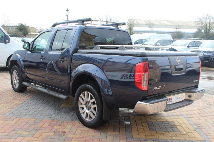 NISSAN NAVARA OUTLAW DCI 231 4X4 DOUBLE CAB WITH MOUNTAIN TOP - 7465 - 7