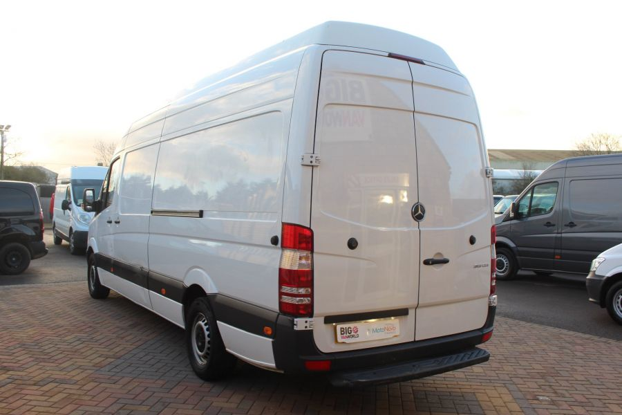 MERCEDES SPRINTER 313 CDI LWB EXTRA HIGH ROOF - 6945 - 7