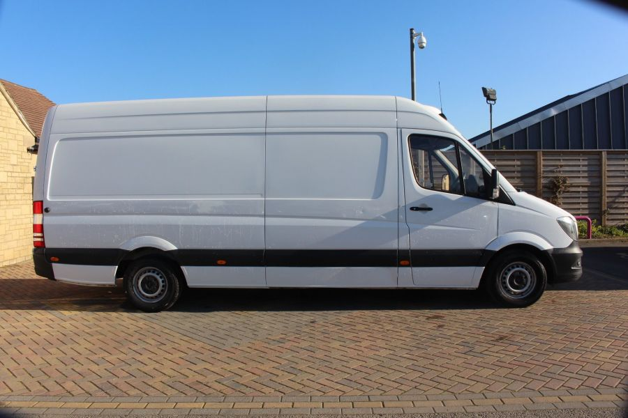 MERCEDES SPRINTER 313 CDI 129 LWB FRIDGE VAN HIGH ROOF - 9146 - 4