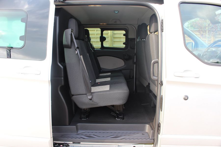 FORD TRANSIT CUSTOM 290 TDCI 125 L1 H1 LIMITED DOUBLE CAB 6 SEAT CREW VAN SWB LOW ROOF FWD - 6791 - 21