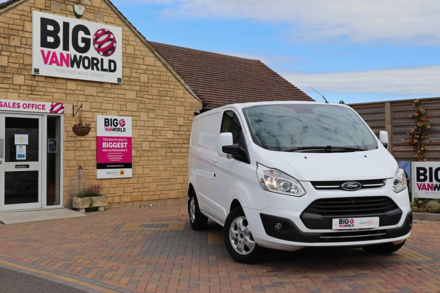FORD TRANSIT CUSTOM 310 TDCI 130 L1H1 LIMITED SWB LOW ROOF - 10921 - 1