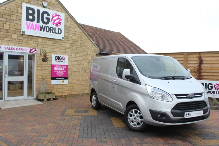 FORD TRANSIT CUSTOM 270 TDCI 125 L1 H1 LIMITED SWB LOW ROOF FWD - 7142 - 1