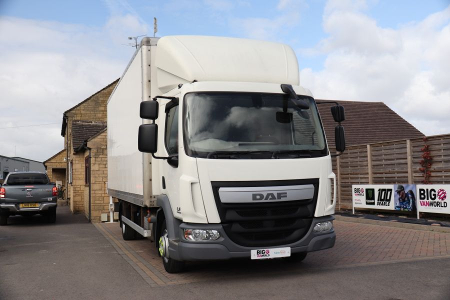DAF TRUCKS LF LF 150 FA LF 150 FA 20Ft BOX WITH TAIL LIFT  (13928) - 12204 - 5
