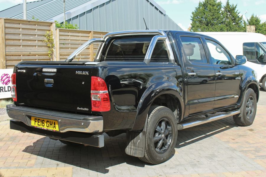 TOYOTA HI-LUX INVINCIBLE X 4X4 D-4D 171 DOUBLE CAB WITH ROLL'N'LOCK TOP - 9257 - 5