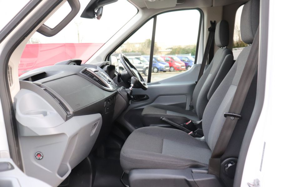 FORD TRANSIT 460 TDCI 155 L4H3 TREND 17 SEAT BUS HIGH ROOF DRW RWD - 11807 - 36