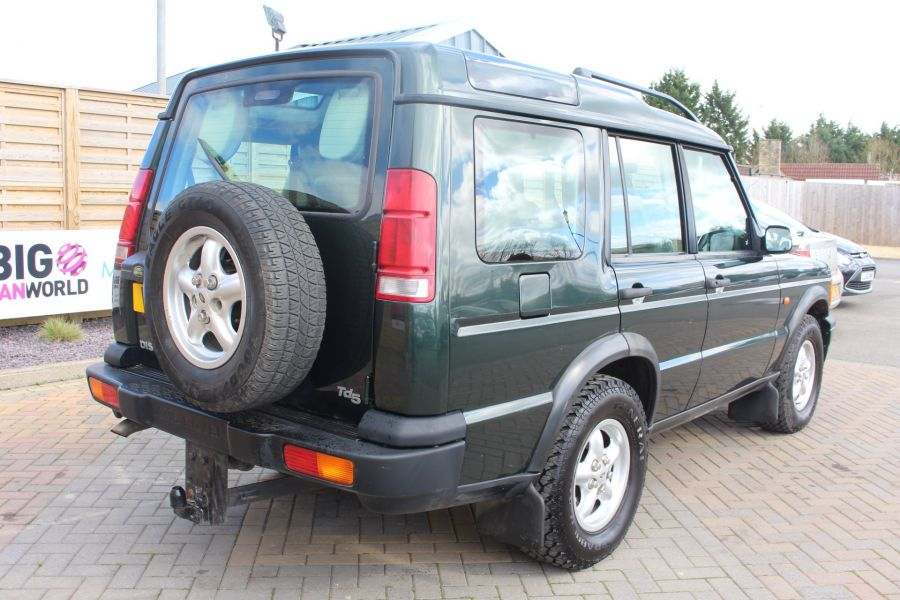 LAND ROVER DISCOVERY TD5 136 GS 7STR - 9105 - 5