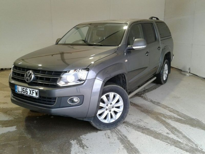 VOLKSWAGEN AMAROK DC BITDI 180 HIGHLINE 4MOTION BMT DOUBLE CAB WITH TRUCKMAN TOP - 9819 - 1