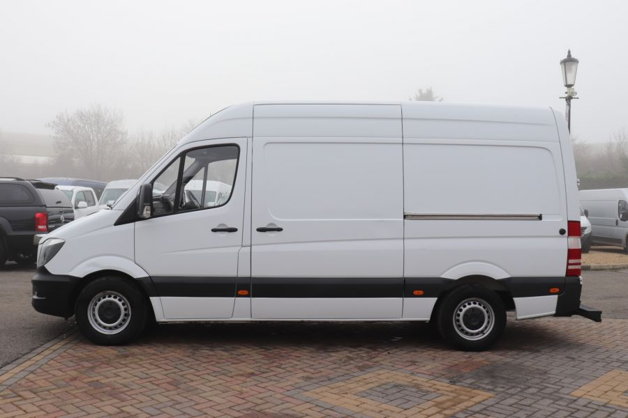 MERCEDES SPRINTER 314 CDI 140 MWB HIGH ROOF FRIDGE VAN - 12025 - 10