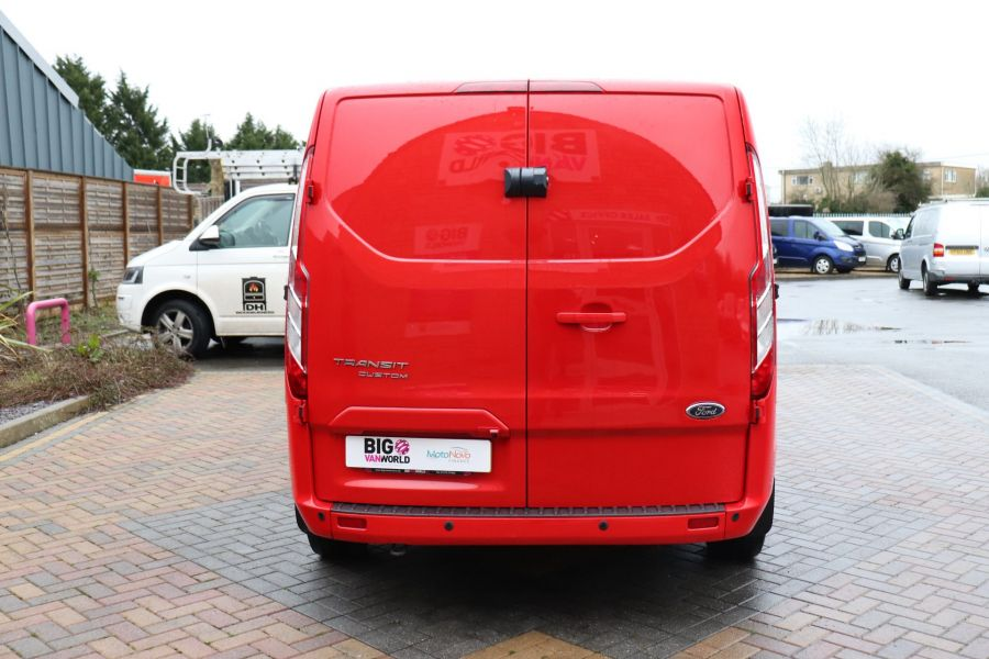 FORD TRANSIT CUSTOM 290 TDCI 125 L1H1 LIMITED SWB LOW ROOF FWD - 11904 - 9