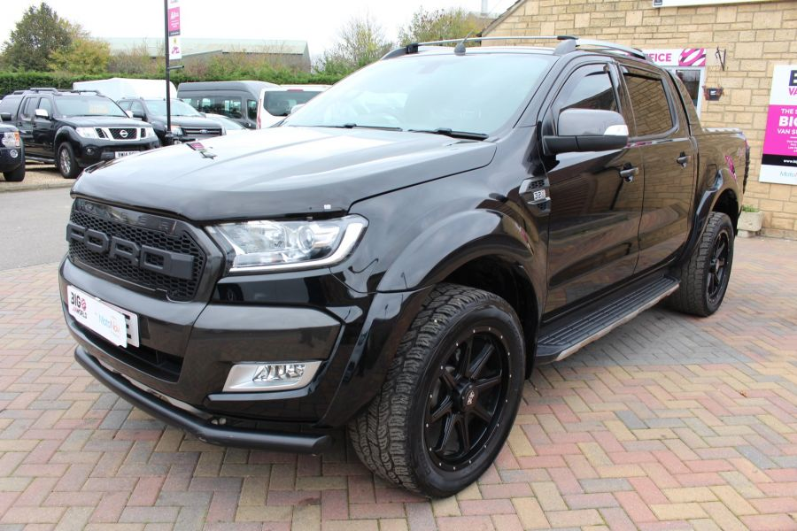 FORD RANGER WILDTRAK TDCI 200 4X4 DOUBLE CAB WITH ROLL'N'LOCK TOP - 8607 - 8