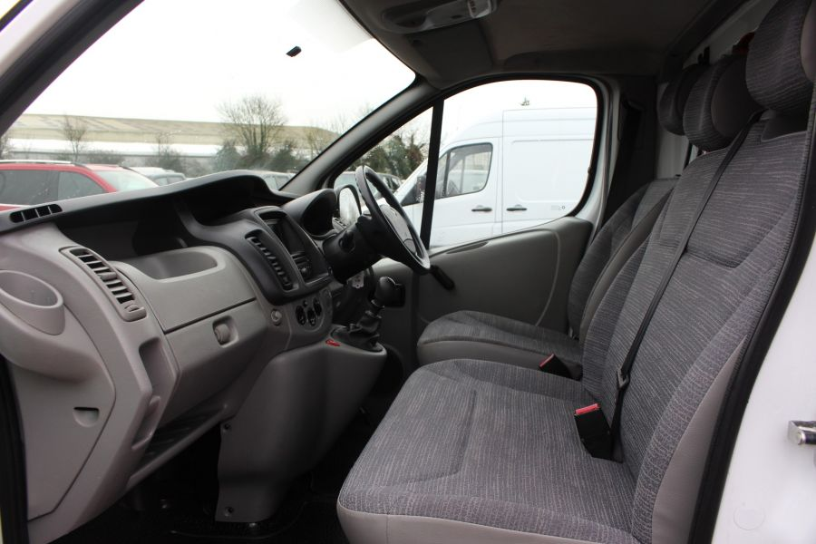RENAULT TRAFIC SL27 DCI 115 L1 H1 SWB LOW ROOF - 7062 - 22
